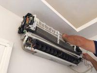 エアコンクリーニングは内部まで徹底洗浄できる電気屋におまかせください。